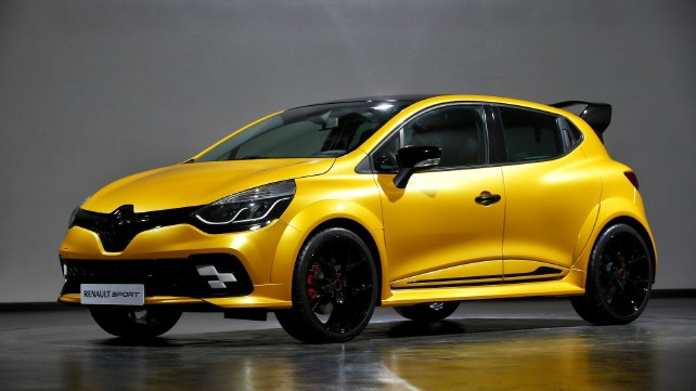 Renault returns to formula 1 with Renault Clio R.S. 16 concept